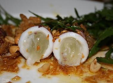 Mực trứng hấp